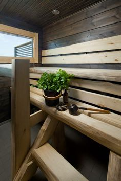 Dark panel and pale aspen combined beautifully. Honka log homes. Modern Saunas, Traditional Saunas, Sauna Design, Outdoor Sauna, Finnish Sauna, Spa Rooms, Simple Bathroom, Bathroom Ideas, Interior Garden