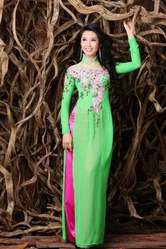 STONE LACE LONG DRESS - RD065 This dress was inspired by nature with green of leaves and pink of flowers :)