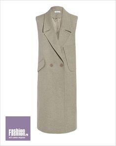 Что носить осенью: пальто без рукавов от Carven