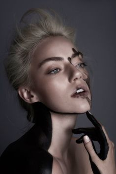 Photo of model Pyper America Smith - ID 546296 Pyper America Smith, A Darker Shade Of Magic, Beauty Makeup, Hair Makeup, Foto Pose, Studio Shoot, Beauty Quotes, Model Photos, Character Inspiration