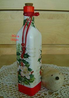 ❀❤❀ Wine Bottle Art, Painted Wine Bottles, Painted Jars, Wine Bottle Crafts, Festive Crafts, Diy And Crafts, Christmas Decoupage, Christmas Crafts, Christmas Centerpieces