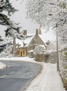 Doesn't it look like Bathilda Bagshot's house in Deathly Hallows!?!? Cotswolds in the snow by Andrew Lockie