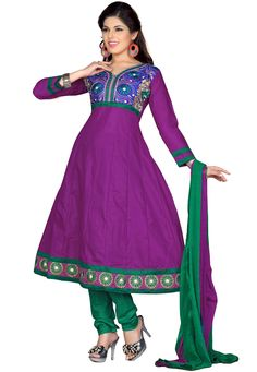 Win yourself some serious style points with this trendy salwar suit that is meant to reveal your hidden glamour