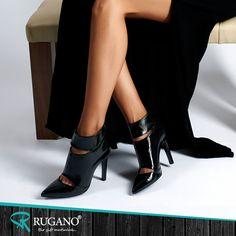 Kıyafetinizi en iyi taşıyan ve sizi herkesten ayıran en önemli ayrıntı ayakkabılardır. Ayakkabılarınız sizi yansıtır.    #rugano #ayakkabı #deriayakkabı #süetayakkabı #topuklu #topukluayakkabı #izmir #konya #bot #stiletto #çizme #trendayakkabı