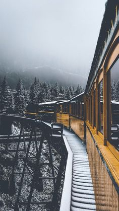Vintage train travel in the winter mountains with snow. - Vintage train travel in the winter mountains with snow. City Photography, Amazing Photography, Landscape Photography, Nature Photography, Photography Backgrounds, Photography Flowers, Beautiful World, Beautiful Places, Beautiful Pictures
