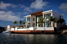 Contemporary Residence Contrasting The Caribbean Blue: Bonaire House