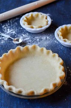 An unorthodox method for creating buttery, flaky pie crust that will provide excellent results for the novice and seasoned pie baker. Empanadas, Sweet Pie, Sweet Treats, Deserts, Cooking Recipes, Favorite Recipes, Sweets, Baking, Easy