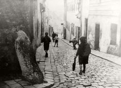 The Jewish Quarter of Bratislava before the war, 1937 or 1938. On the eve of the Holocaust the Jewish community in Bratislava was the largest Jewish community in Slovakia; it was a Jewish religious and political center, and home to the renowned Pressburg Yeshiva as well as the Zionist Organization of Slovakia. In 1930 over 15,000 Jews lived in the city, constituting some 12 percent of the population.
