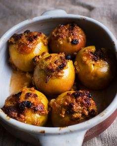 Nigel Slater's unplanned supper recipes Fruit Recipes, Cooking Recipes, Drink Recipes, Nigel Slater, Israeli Food, Supper Recipes, Baked Apples, Food For Thought, Food To Make