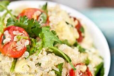 My absolute favorite Quinoa recipe! Clean Eating Vegetarian Quinoa and Avocado Salad with Carnivorous Possibilities Clean Eating Vegetarian, Clean Eating Meal Plan, Vegetarian Recipes, Healthy Eating, Healthy Recipes, Healthy Meals, Avocado Salad Recipes, How To Cook Quinoa, Easy Meals