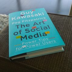My review of Guy Kawasaki and Peg Fitzpatricks entertaining and informative book: The Art of Social Media: Power Tips for Power Users.
