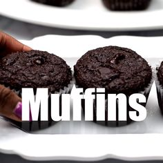 Keto Low-Carb Double Chocolate Chip Muffins (Gluten-Free) is a quick and easy almond flour recipe. This ketogenic dessert does not use coconut flour and is freezer-friendly. This recipe is…More 6 Awesome Low Carb Dessert Ideas Ketogenic Desserts, Low Carb Desserts, Keto Snacks, Ketogenic Diet, Keto Friendly Desserts, Low Carb Sweets, Keto Cookies, Cookies Et Biscuits, Dessert Mousse