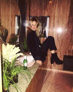 About Camille Rowe Looks Cool, Looks Style, My Style, Camile Rowe, Camille Rowe Style, Mon Jeans, Girl Outfits, Fashion Outfits, Celebs