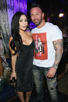 Jersey Shore's Jenni 'JWoww' Farley Files for Divorce from Husband of 3 Years Roger Mathews — People Jwoww Jersey Shore, Jenni Farley, Marriage Couple, Broken Marriage, Ex Husbands, Celebs, Celebrities, Celebrity News, Celebrity