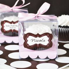 Baby shower cupcake favor boxes Wedding Favors And Gifts, Cupcake Wedding Favors, Wedding Shower Cupcakes, Affordable Wedding Favours, Winter Wedding Favors, Creative Wedding Favors, Elegant Wedding Favors, Birthday Cupcakes, Handmade Wedding