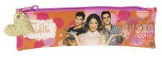 Portatodo estrecho de Violetta Love, la nueva colección de papelería escolar para niñas inspirada en la serie argentina del momento que está triunfando en todo el mundo. Dimensiones: 20 cm x 6 cm.