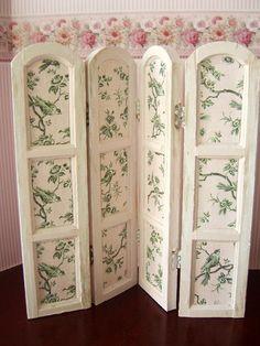Room divider...clarabellasminis