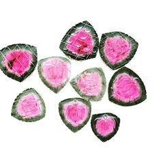 #Carving #jewelry #jewelrydesigner #loose #stone #semiprecious #jaipur #pinkcity #ethnic #rare #tucson #tucsonjewelry #tucsonjewelryweek #tucsonjewelryshow #tourmaline #rubellite #red #pink #green #pinktourmaline #fancycut #fancy #beautiful
