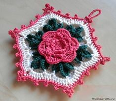 Crochet. Roses and Tack with a volume rose