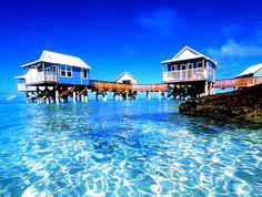 25 Best Places To Go For Your Honeymoon-Get lost in awe as you visit Bermuda and experience the pink sand beaches that go well with sapphire blue waters. Such scenes are so rare that you would have a wonderful time here together with your other half. You can also establish your connections with each other even deeper as you venture into the many isles and islets that have been linked with bridges.