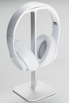 Posto by Bluelounge. Minimal headphone stand