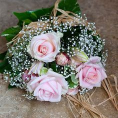 Vicky & Damien 10th July 2010 - Pale pink roses, peony's & gypsophila/baby's breath