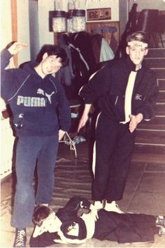 Breakdance posse in der DDR, 1985-86 (scanned from Cause we got Style! book)…