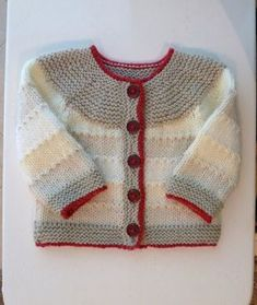 Ravelry: Snuggly DK project gallery by Aileen Popple Baby Knitting Patterns, Knitting For Kids, Knitting Designs, Baby Patterns, Free Knitting, Knitting Projects, Cardigan Bebe, Cardigan Pattern, Baby Cardigan