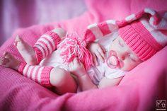 Фотосессия новорожденных, съемка новорожденного дома и в студии / Детская фотостудия HappyBaby