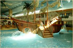 Ramada Inn, Sioux Falls, SD - Indoor Water Parks | Hotels with Indoor Water Parks | Buccaneer Bay