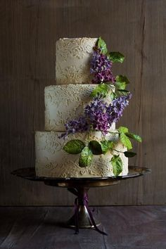 Lace Wedding Cake with Lilac Sugar Flowers   Cake by Modern Lovers #weddingcakes