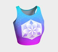 Geometric hexagon flower design in ombre of purple, pink and blue crop top perfect for your yoga session, the beach or dancing. Printed crop tops pair with our yoga leggings and shorts. Blue Crop Tops, Pink Crop Top, Festival Outfits, Festival Fashion, Athletic Crop Top, Geometric Flower, Yoga Session, Blue Flowers, Flower Designs