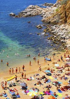 Spain, Catalonia, Costa Brava, Tossa de Mar, Overview of bay