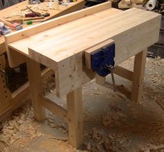 Paul Sellers Workbench, part 2. This model is only 4 feet long.