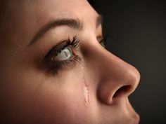 Tears - 50 Sad Face Pictures  <3 <3