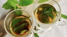 El secreto para tener una ropa lavada a la perfección - e-Consejos Planter Menthe, Weed Tea, Detox Tee, Peppermint Tea Benefits, Comment Planter, Greek Cooking, Le Diner, Diet Drinks, Growing Herbs