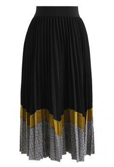 39f4c90d48 Between Us Pleated Midi Skirt in Black African American Fashion, African  Fashion Skirts, Skirt