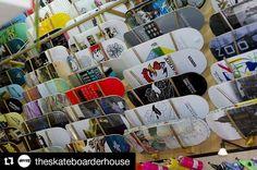 #Repost @theskateboarderhouse with @repostapp  Un des plus gros choix de plateaux de skate c'est sur hawaiisurf.com !! #skate #skateboarding #skateboard #hawaiisurf #shop #paris #france #cokatrixskateboards #realskateboards #clicheskateboards #westernedition #sourskateboards #zooyork #thenationalskateco  #skatemafia #polarskateboards #palaceskateboards