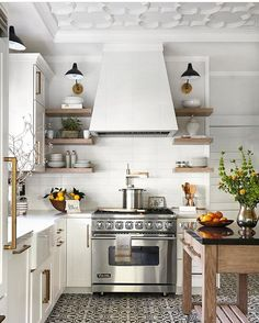 "Just for today, I've linked my post, How To Grow Your Instagram Account. Find it in my bio @decorgold or search ""grow your Instagram"" at decorgolddesigns.com. I hope you like it! Stunning kitchen from @traditionalhome"