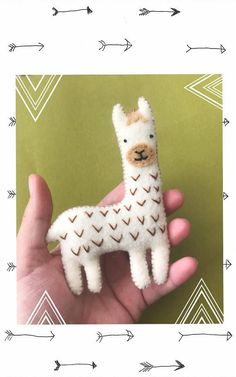 Llama Ornament Felt Ornament Christmas Ornament Gifts for - Ornamental Felt Christmas Ornaments, Handmade Ornaments, Handmade Felt, Christmas Crafts, Christmas Nativity, Christmas Printables, Alpacas, Felt Diy, Felt Crafts