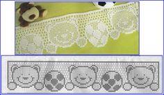 Quatro modelinhos superfofos de barrados de crochê, com motivos de ursinhos, para vocês enfeitarem as toalhas da criançada.