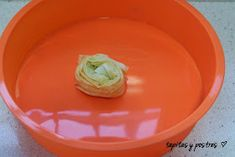 Tapitas y Postres: Ruffled milk pie. Scones, Tray, Food And Drink, Cooking Recipes, Pudding, Pasta Filo, Desserts, Top Recipes, Sweet Recipes