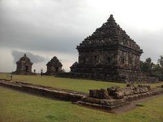 Candi Ijo, Sleman, DI Yogyakarta. Candi ini berada di sebuah bukit pada ketinggian 425 mdpl. Menjadikannya sebagai candi tertinggi di Jogja dalam hal lokasi