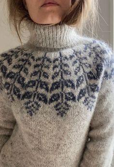 Fair Isle Knitting Patterns, Sweater Knitting Patterns, Hand Knitting, Icelandic Sweaters, How To Purl Knit, Sweater Weather, Knitting Projects, Pulls, Christmas Sweaters