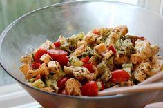 Kreikkalainen pastasalaatti