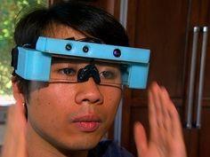 CNET News - Glasses offer 'Minority Report'-style tech
