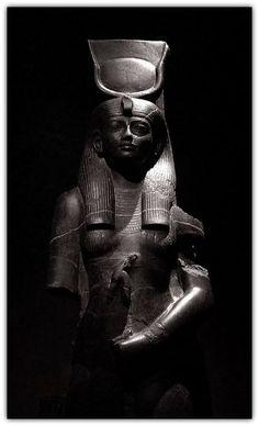 Hathor. New Kingdom, 18th Dynasty, reign of Amenhotep III (1388-1351 BCE). From Coptos. Basalt.   Turin Egyptian Museum