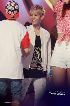 130710 @Mary Powers Powers Beth Courier Music Show! Champion- Baekhyun
