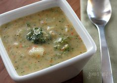 Broccoli Cheese and Potato Soup Thick and creamy lick-the-bowl good! This soup is loaded with potatoes, broccoli and cheese. A one-pot meal your whole family will love, ready in under 30 minutes Healthy Soup Recipes, Skinny Recipes, Vegetarian Recipes, Cooking Recipes, Cheese Recipes, Diabetic Recipes, Potato Recipes, Crockpot Recipes, Cooking Tips