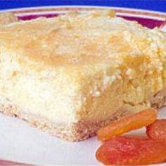 Receita de Torta de Ricota com Damasco Diet - 1 xícara (chá) de farinha de trigo, 3 colheres (sopa) de margarina light, 1 colher (chá) de fermento químico e...